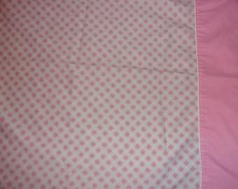 Vintage Cannon Monticello Pink Lattice Pillowcase