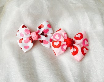 Baby hair clips baby barrettes valentines day hair clips Valentines day hair bows mini hair bows heart hair bows heart hair clips