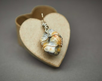 Handmade Crazy Lace Agate Wire-Wrapped Necklace Inspired by Nature