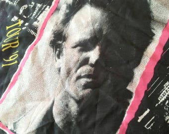 Sting !!! 1991 Tour , the soul cages , vintage concert scarves. rare object, for a wonderful gift.