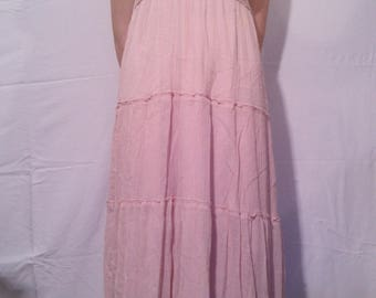 Long cotton and pink lace dress