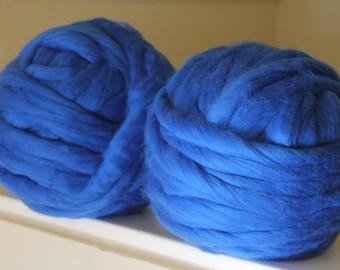Chunky yarn, Super chunky yarn, Merino wool, Merino, 2 kgs of Merino wool yarn, Wool yarn, Bulky yarn, Yarn, Arm Knit, Roving wool