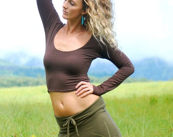 Long Sleeve Scoop Neck Cropped Top - Organic Clothing - Eco Friendly - Layering Top - Chocolate Brown
