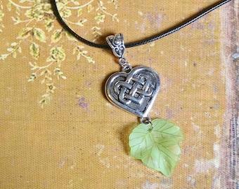 Necklace: Celtic heart