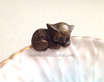 Sleeping Kitty Adjustable Brass Ring. Vintage Style. Cat Lover. Kitten. Cute. Small Cat. Brass Ring. 10 Dollars. Animal Jewelry. Gifts.