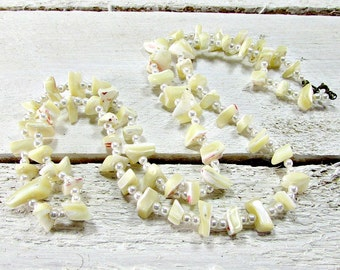 Vintage Long Shell Necklace, Cream White Puka Shell Necklace, Pearl Beaded Necklace, Hippie Boho Necklace, 1970s Bohemian Boho Beach Jewelry