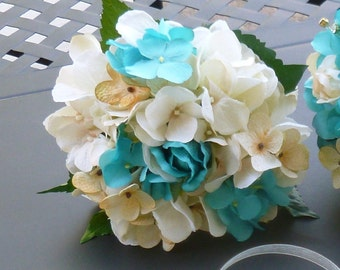 Champagne turquoise bridesmaids bouquet, small bouquet, toss away bouquet
