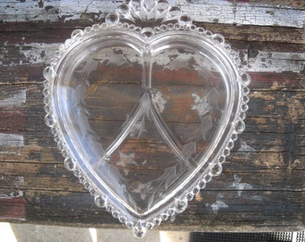 Valentines Day? 1940's  Paden City  Elegant Glass ,Heart, 3 Part, Shaped Heavy Candy Dish, With Etched Lid