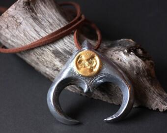 Jim Henson's Labyrinth - Jareth's Goblin King Necklace