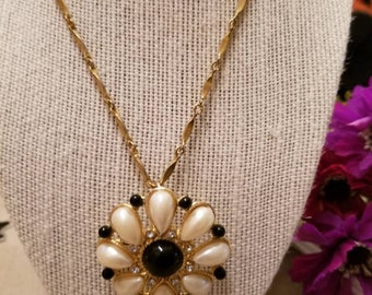 Sunburst Broock Pendant, Pearl and Black, Gold Tone Brooch, Necklace, Chain Included, Vintage Brooch, Pendant, Faux Teardrop Pearls