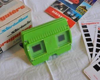Stereoscopic Viewer Bruguiere Stereoclick stereofilm Junior green color and slides of Lourdes