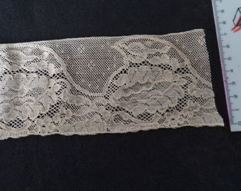 7 cm in width, 1 meter 45 nude lace