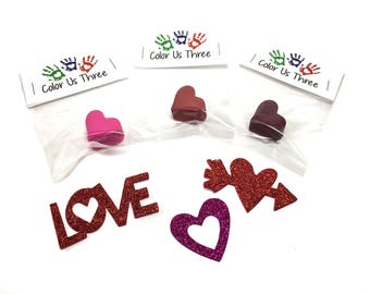Small custom heart crayons - valentine's favors - kids class favors - allergy friendly valentine's - sugar free favors - kids valentines