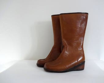 Vintage RAIN Boots • 1970s Shoes •Rubber Platform Wedge Tall Knee High Waterproof Snow Size 8 Women Made in USA Sherpa Fur Lined Rainboots