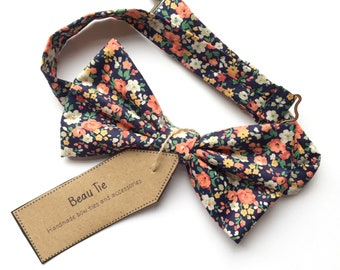 Ditzy floral bow tie, navy blue bow tie, coral peach bow tie, floral bow tie, wedding bow tie