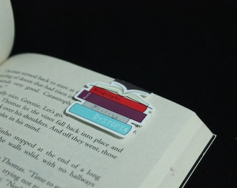 Stack of Books | Magnetic Bookmark