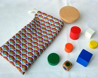 Building toy Montessori - shapes & colors