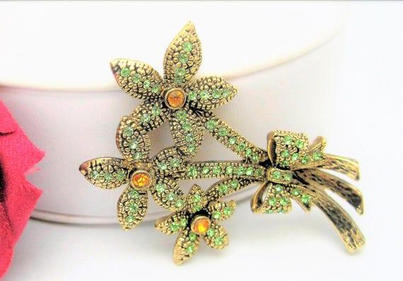 Green Rhinestone Brooch - Citrine Centers -  3 Flower Pin