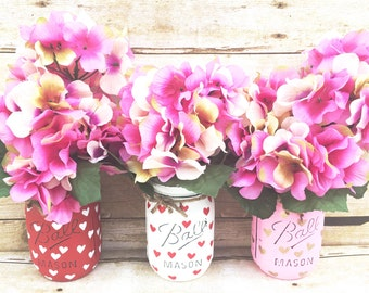 Set of 3 Hand Painted and Distressed Mason Jars, Mothers Day,  Valentines Day, Teachers Gifts, Centerpieces, Rustic Decor, Home Decor!