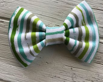 Green Vertical ombre Stripe bow,Stripe bow tie,Stripe Hair bow,Fabric Bow,Fabric Bow Tie,Nylon headband,bow,hair clip