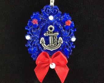 Nautical Cameo Frame Necklace