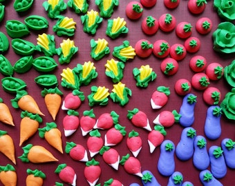 Mini royal icing garden veggies -- Made to Order -- Edible cake decorations cupcake toppers (28 pieces)