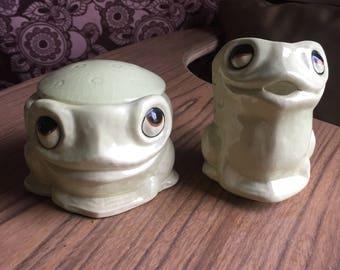 Frog Creamer and Sugar Bowl - Wieboldt's