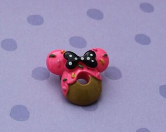 minnie mouse donut / brooch / disney / kawaii / bow / sprinkles