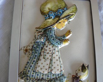 "Small frame vintage""Sarah Key""embossed"