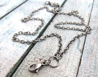 """Memory Locket Necklace with Lobster Clasp - Finished Necklace - 4mm chain - Stainless Steel 18"""" 20"""" 22"""" 24"""" or 30"""" Floating Locket (046)"""