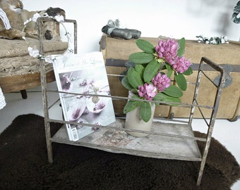 Antique baby cradle, baby bassinet, antique crib...CHARMANT!