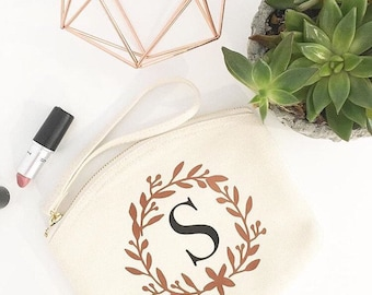 Bridesmaid Monogram Gift, Personalised Wedding make up gift bag, monogram cosmetic bag, monogram personalised makeup bag, wedding gift