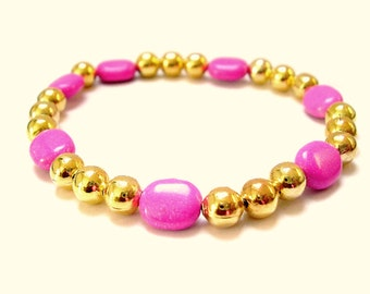 Pink Magnesite and Gold Stretch Beaded Bracelet