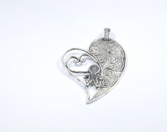BR394 - 1 large heart charm in silver