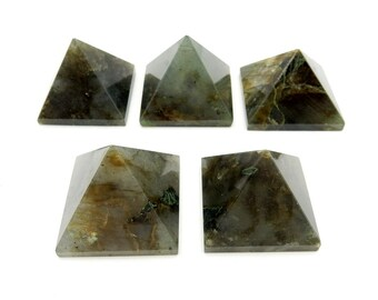 Labradorite Pyramid -- Pyramid Shaped Labradortie Stone - Reiki - Metaphysical - Crafting (RK188B7)