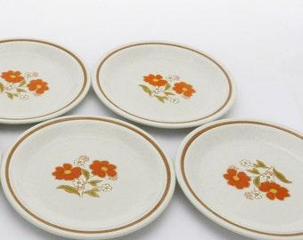 Four Vintage Mod Floral Dinner Plates