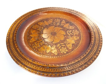 Vintage Wood Burned Pyrography Design Plate Flower Butterfly Design Made In USA Circle Trim Platter Vintage 1950 Wall Hanging Display Plate