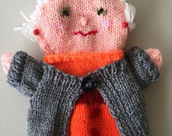 Knitted Handpuppet, Granny Handpuppet