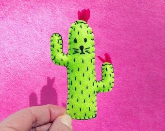 Cactus cat magnet, green saguaro succulent plant felt cactus cat magnet, refrigerator magnets, plushie magnet, hand sewn, HibouDesigns, OOAK