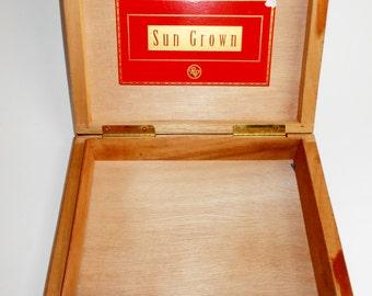 Vintage Wood Cigar Box Rocky Patel Sun Grown Dark Wood Hinged Lid