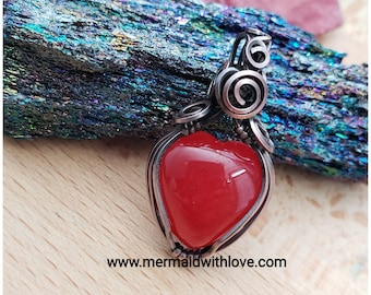 Victorian Red Jade heart pendant in antiqued copper