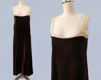 1920s Dress / 20s Velvet and Lace Flapper House Dress / Gown