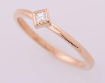 Princess Cut Diamond Ring, Square Diamond Ring, 14K Rose Gold, Thin Band Ring, Simple Engagement Ring, Stacking Gold ring, Bezel Ring