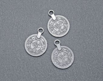 6 charms silver sequined pieces ethnic 18x24mm