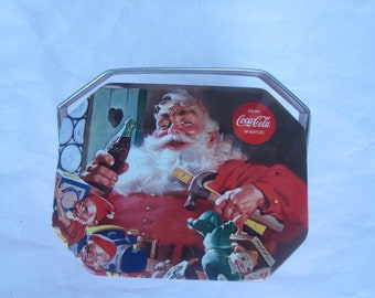 1992 Santa In His Workshop octagonal tin box, Drink Coca Cola in Bottles, advertising collectible, Christmas Gift box