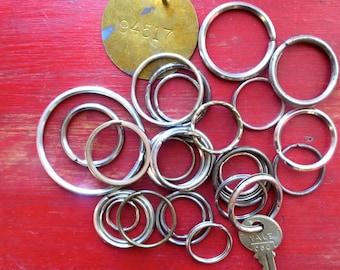 DESTASH 25 Vintage key rings Wholesale key rings Bulk split ring key rings Bulk vintage key rings #6T
