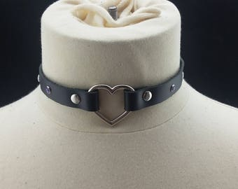 Choker Genuine Leather - Choker Collar Black Leather Choker with Silver Heart Ring and Purple Gems