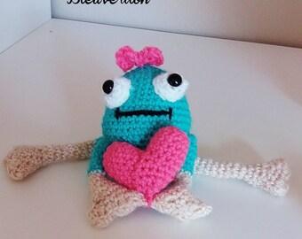 Stuffed frog love handmade, crocheted amigurumi