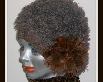 HAT WOMENS KNITTED  Furry Beret' With Large Feather Accessory Bulky Chunky Thick