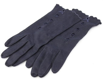Navy Blue Van Raalte Gloves  Wrist length  All Cotton  Stretchy  Size 6 1/2  Scalloped detailing  Cutouts  Embroidered  Jackie Kennedy Style